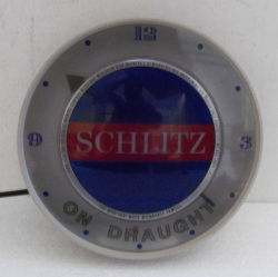 Schlitz On Draught Beer Bar Lighted Clock beer sign collection MY BEER SIGN COLLECTION 2 – Not for sale but can be bought… schlitzondraughtlightedclock1961