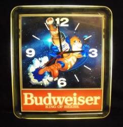 budweiser bud man beer clock