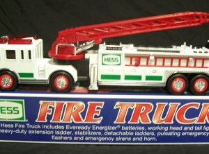 2000 hess toy truck