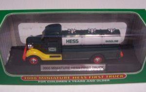 2000 Hess Miniature Truck