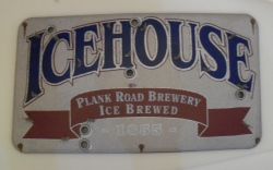 icehouse beer neon sign