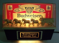 budweiser beer clydesdale light
