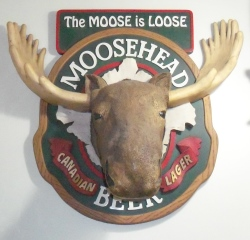 Moosehead Beer Sign beer sign collection My Beer Sign Collection 2 – Not for sale but can be bought… mooseheadbeermooseisloosesign