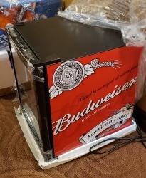 Budweiser Beer Mini Fridge budweiser beer mini fridge Budweiser Beer Mini Fridge budweiserminifridgeside