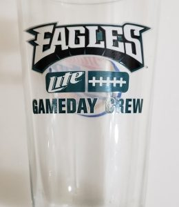 Lite Beer NFL Philadelphia Eagles Pint Glass [object object] Home liteeaglesgamedaycrewpintglass 260x300